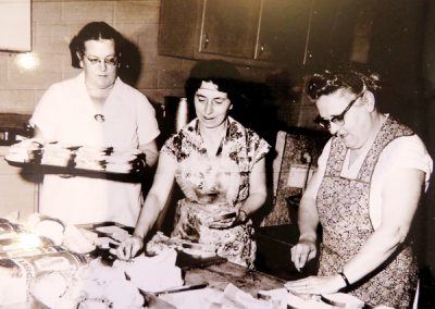 Bea Weightman, Amy Thompson, Mrs. Frank Sargent